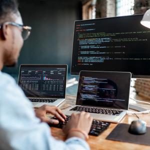 Empresa de criação de softwares